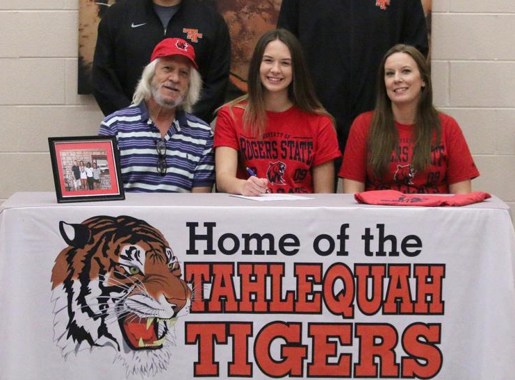 Past Grand View student signs with Rogers State